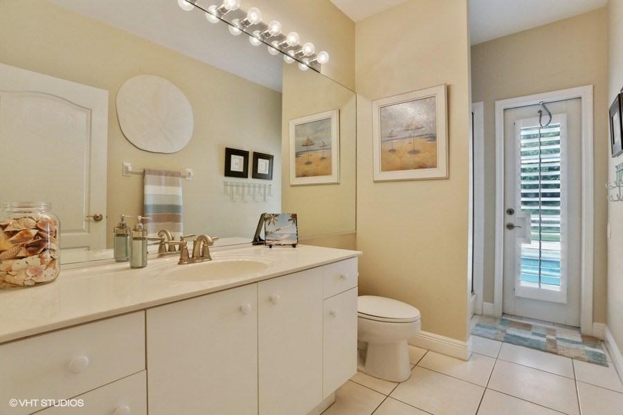 14 Second Bathroom