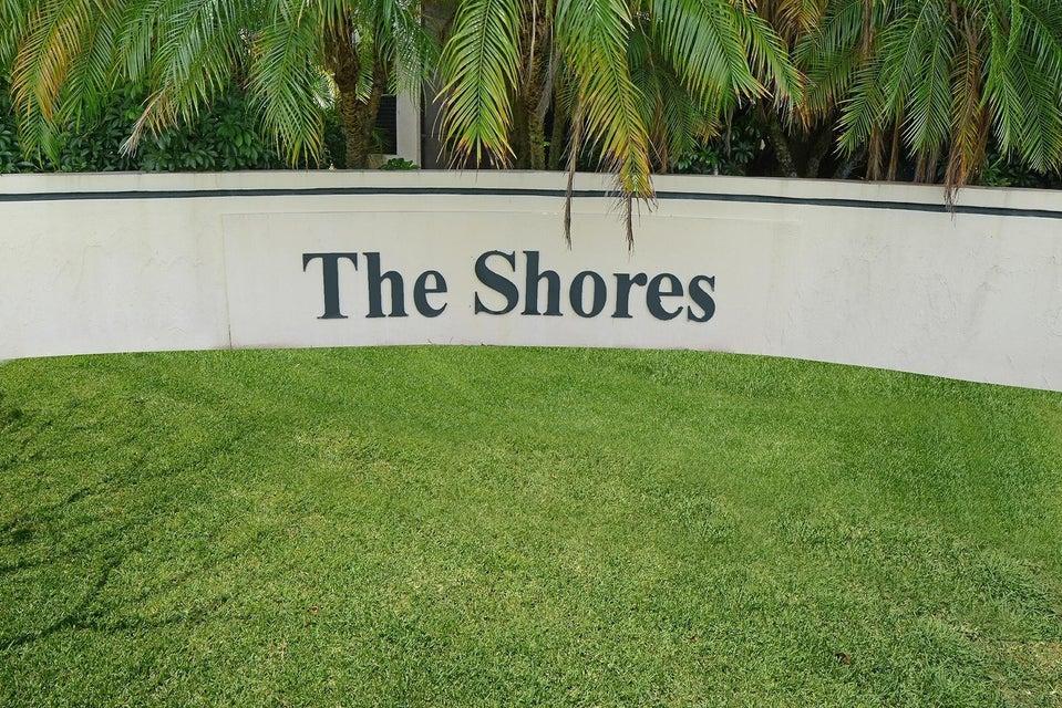 12725 Shoreline Drive