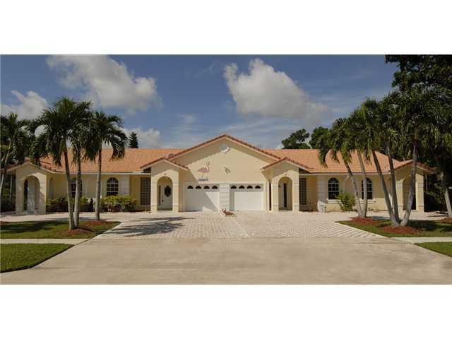 1485 Easthampton Circle, Wellington, Florida 33414, 3 Bedrooms Bedrooms, ,3 BathroomsBathrooms,Villa,For Rent,South Shore,Easthampton,1,RX-10438967