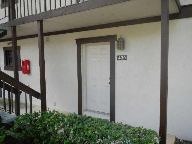 11863 Wimbledon Circle, Wellington, Florida 33414, 1 Bedroom Bedrooms, ,1 BathroomBathrooms,Condo/Coop,For Sale,Palm Beach Polo & Country Club,Wimbledon,1,RX-10439132