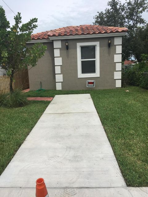319 D Street, Lake Worth, Florida 33460, 3 Bedrooms Bedrooms, ,2 BathroomsBathrooms,Single Family,For Rent,D,RX-10439727