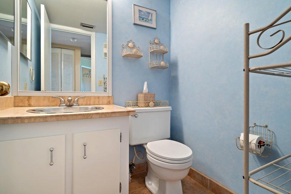 Condo/Coop For Sale – – 1 Bedroom – 1.1 Bathrooms – Price $175,500 ...