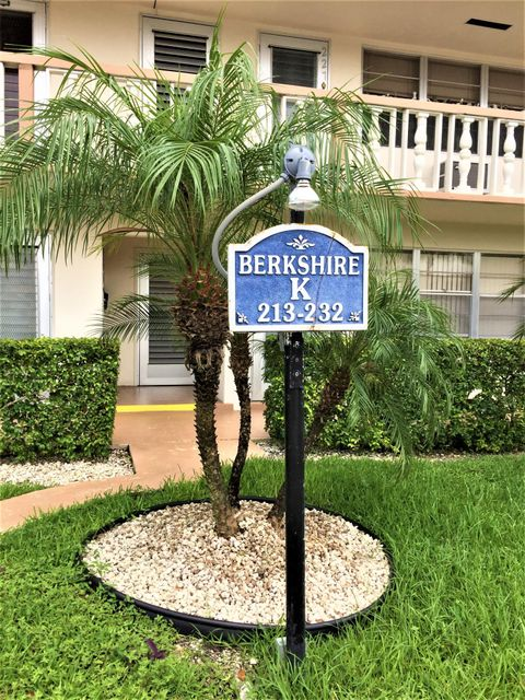 222 Berkshire K, West Palm Beach, Florida 33417, 1 Bedroom Bedrooms, ,1.1 BathroomsBathrooms,Condo/Coop,For Rent,Century Village,Berkshire K,1,RX-10440553