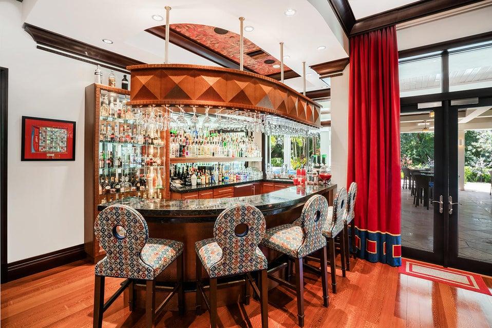 Full Entertainment Bar