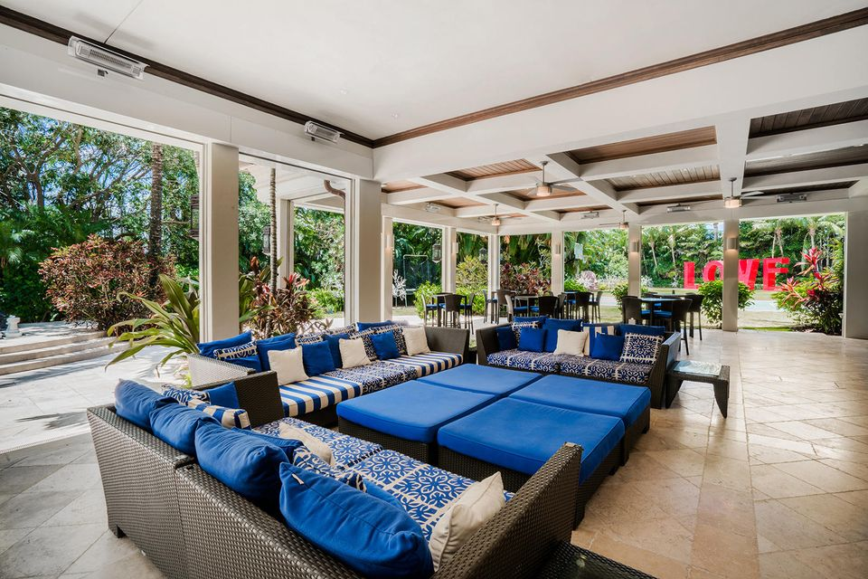 Cover Patio with Retractable Screens