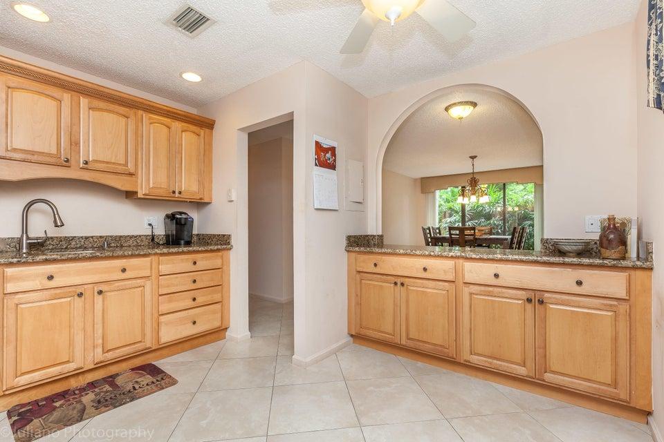 9240 Sable Ridge Circle Boca Raton, FL 33428