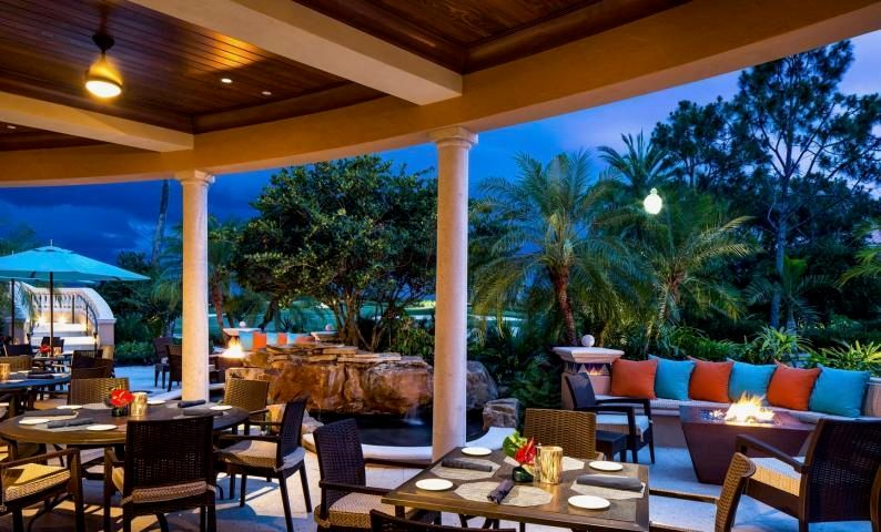 Mirasol Outdoor dining