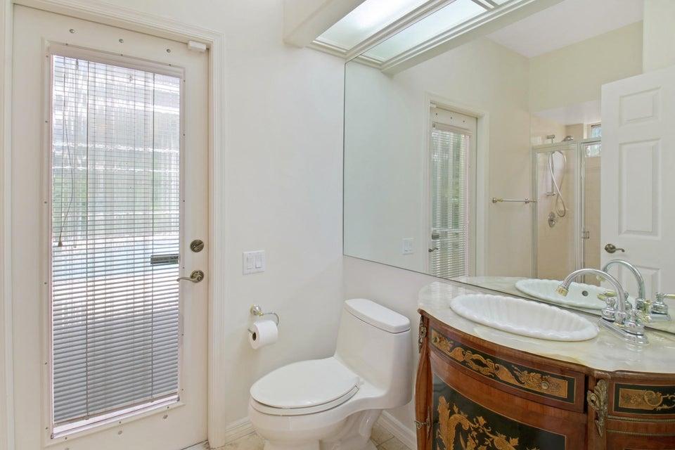 Full Cabana Bath