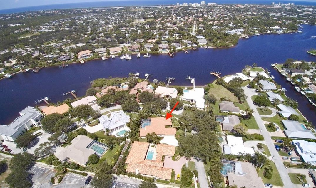 7 Eastwinds Circle, Tequesta LR-32