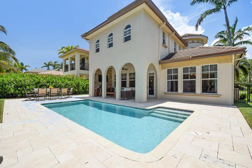 Stunning Pool/Patio Area