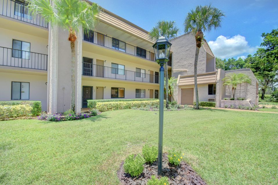 4793 Esedra Court, Lake Worth, Florida 33467, 2 Bedrooms Bedrooms, ,2 BathroomsBathrooms,Condo/Coop,For Sale,Esedra,Esedra,2,RX-10391946