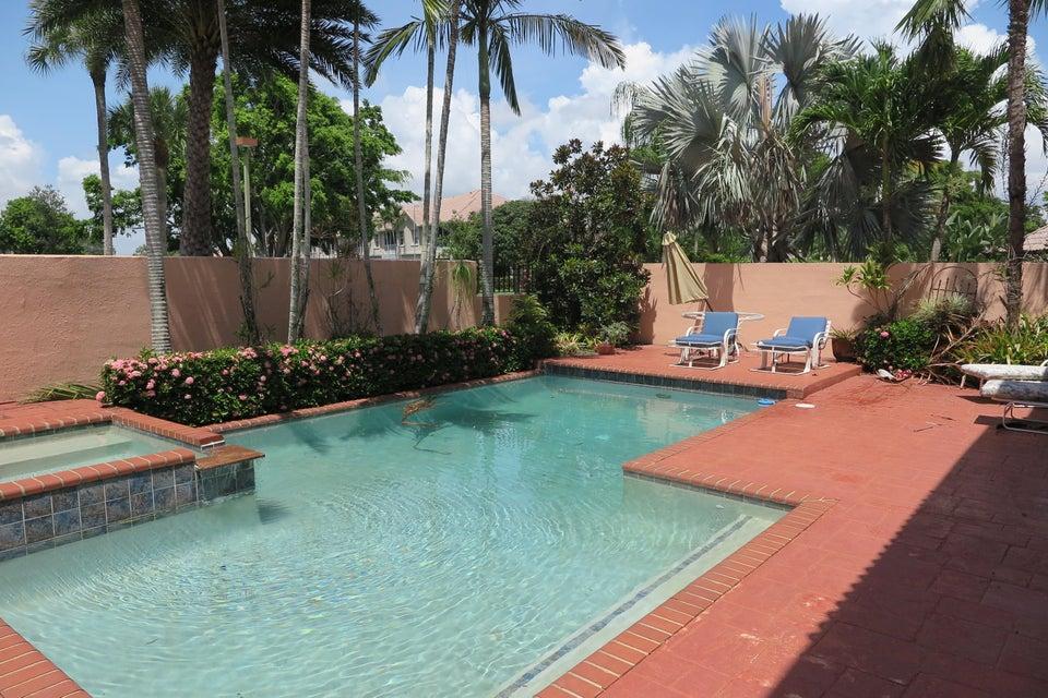 6534 Via Rosa Boca Raton, FL 33433