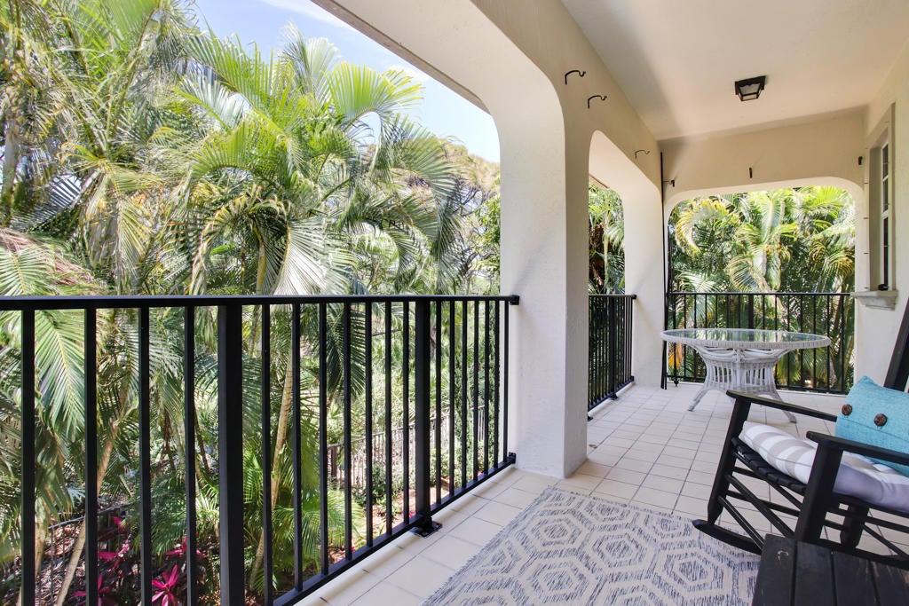 Msster Bedroom Balcony