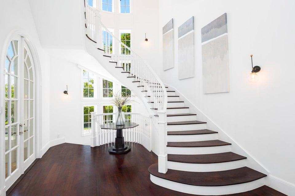 Foyer 1