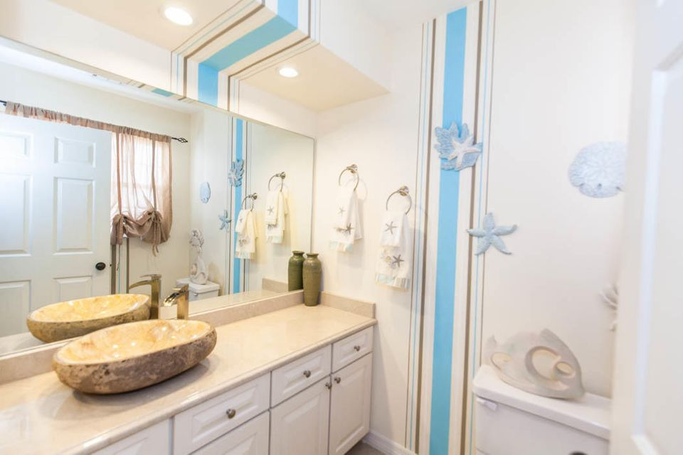 3820 Shearwater Dr-517