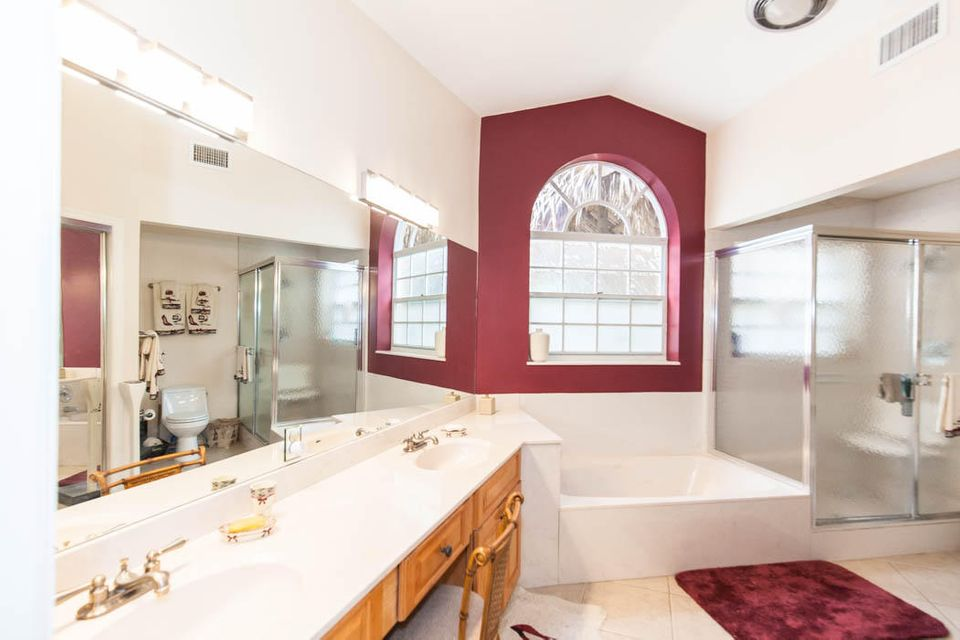 3820 Shearwater Dr-520