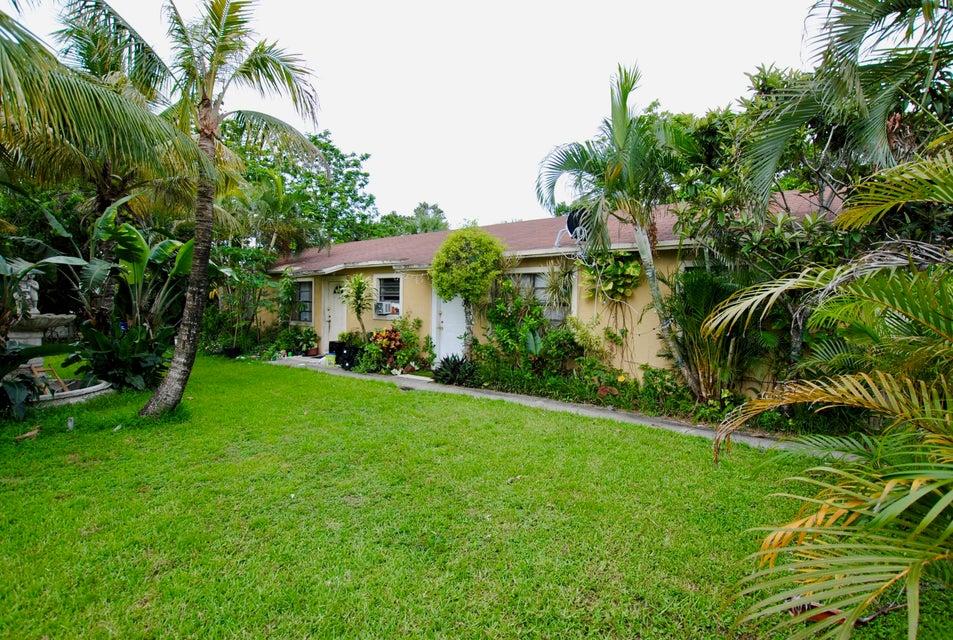 3346 Cherokee Avenue, West Palm Beach, FL 33409