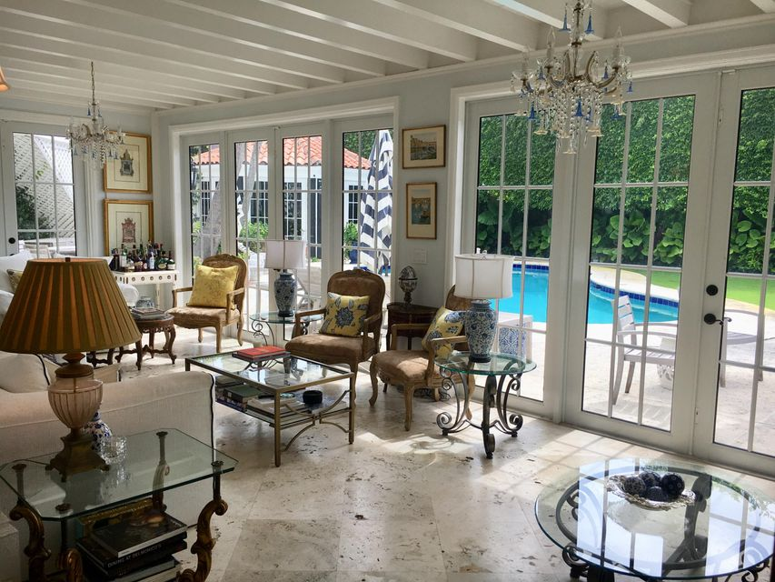 Living Room facing pool
