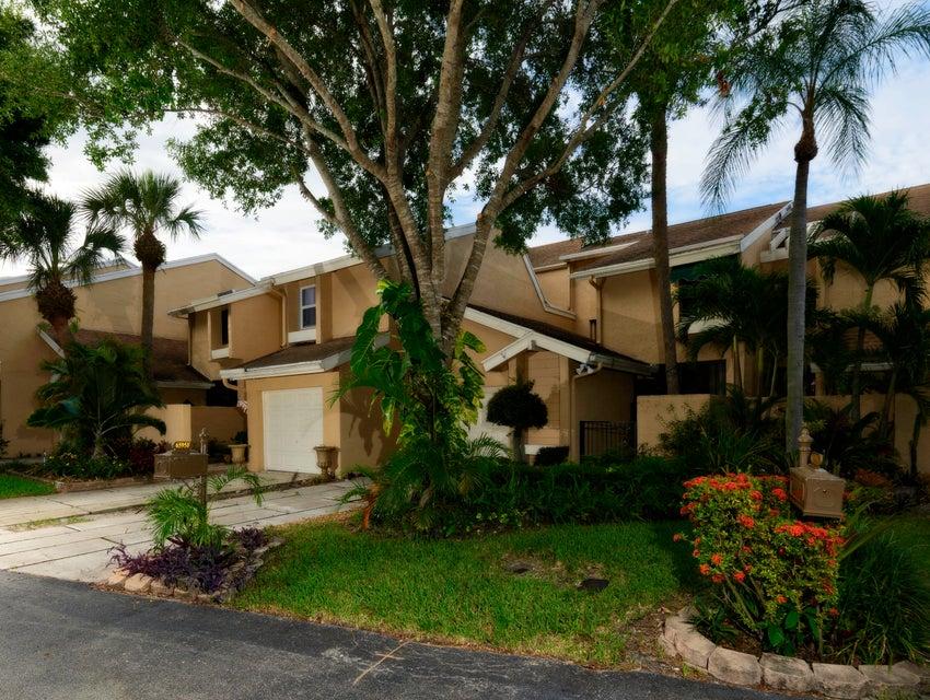 6595 Parkview Drive #f Boca Raton, FL 33433