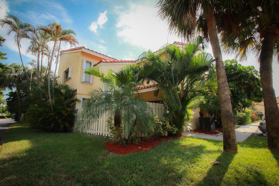 22348 Pineapple Walk Drive Boca Raton, FL 33433