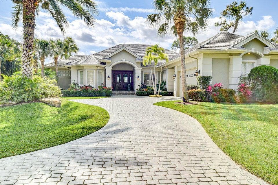 13401 Oakmeade, West Palm Beach, FL 33418