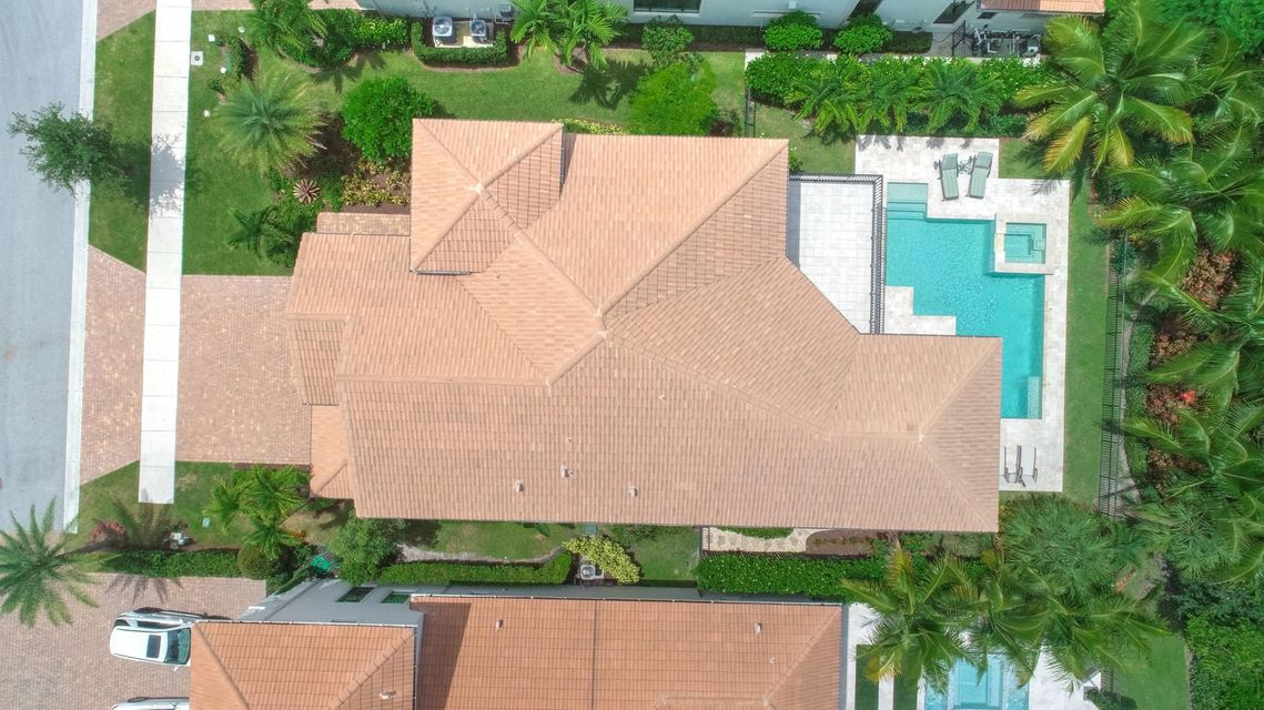 Directly Overhead Aerial