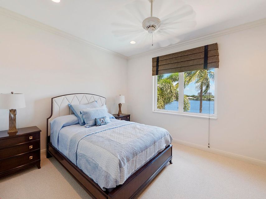 Guest Bedroom waterviews