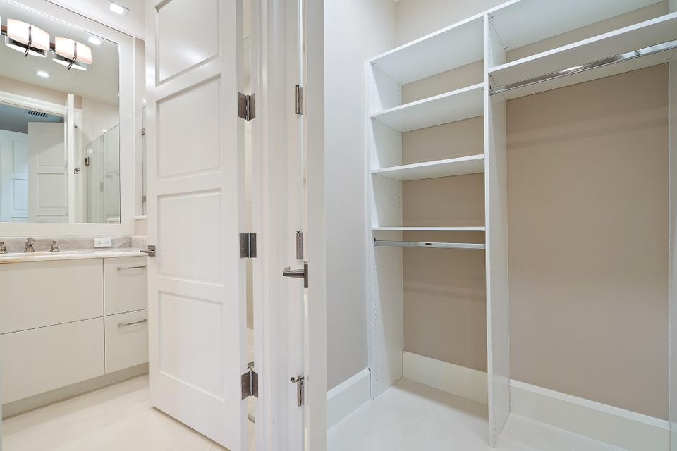 Guest Bath & Closet