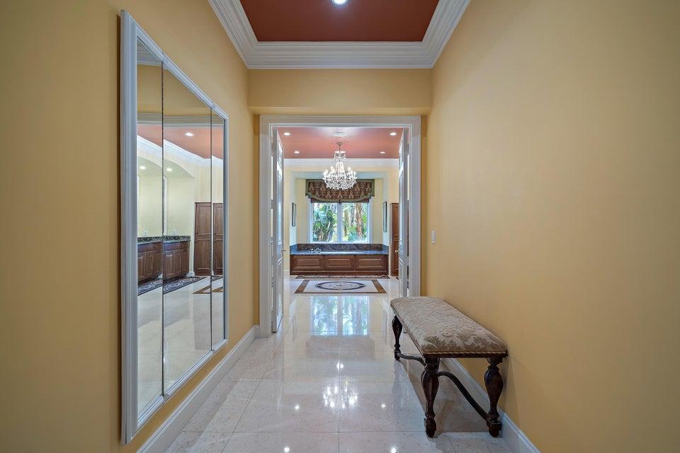 Master Bath Hallway