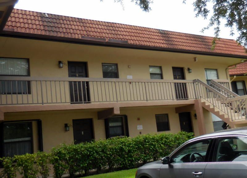 21913 Lake Forest Circle #105 Boca Raton, FL 33433