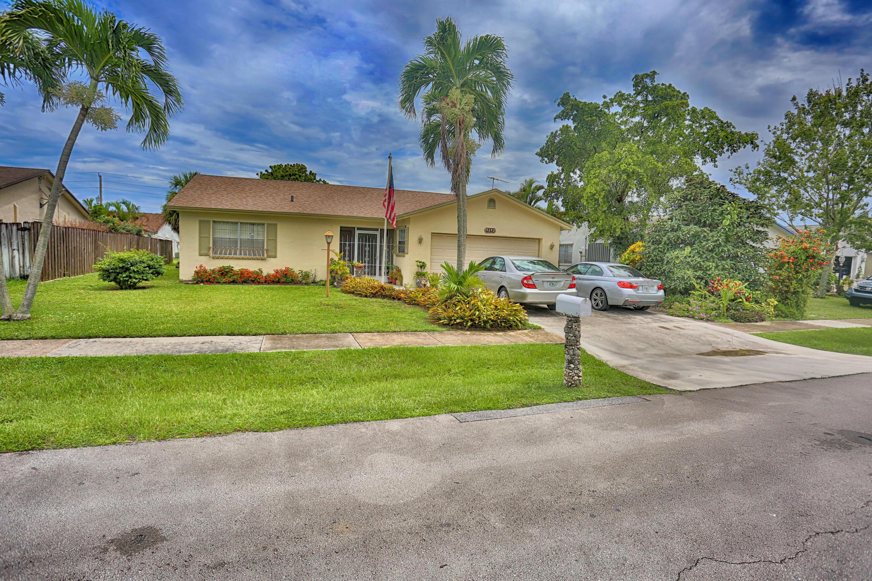 9242 Sw 18th Road Boca Raton, FL 33428