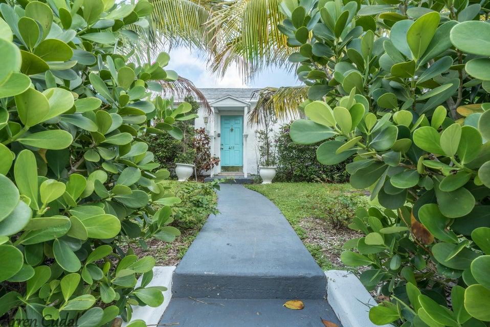 411 Maddock Street, West Palm Beach, Florida 33405, ,Duplex,For Sale,Maddock,RX-10451778