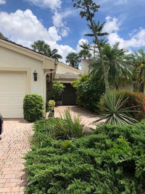 20414 Woodbridge Lane Boca Raton, FL 33434
