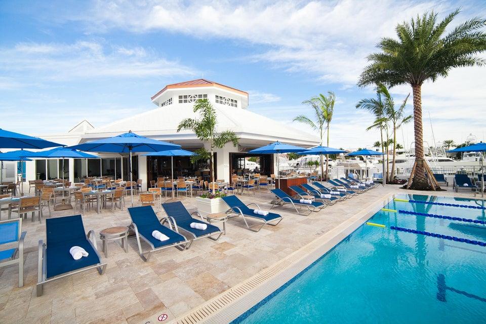 Marina Cafe and Pool