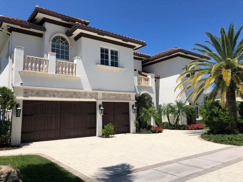 823 Ne 71st Street Boca Raton, FL 33487