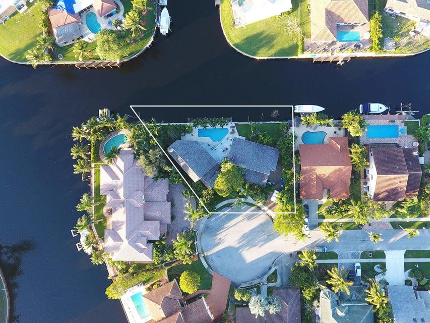 581 Sw 15th Street Boca Raton, FL 33432
