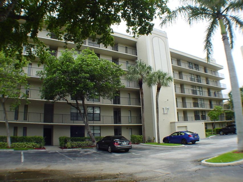 17 Royal Palm Way #602 Boca Raton, FL 33432