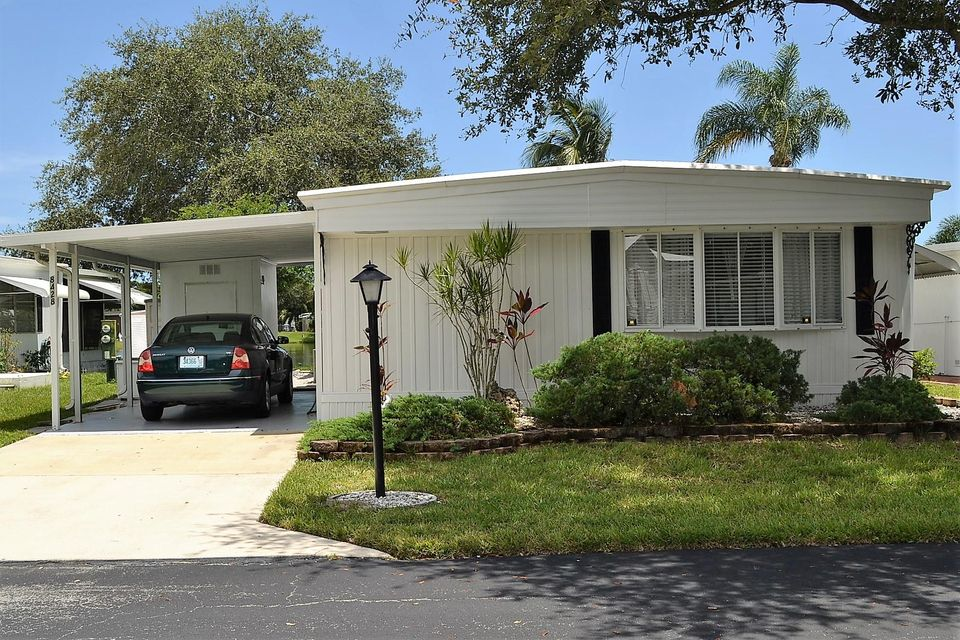 8428 E Club Road Boca Raton, FL 33433