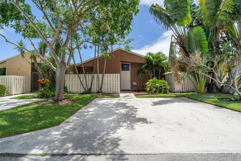 22305 Timberly Drive Boca Raton, FL 33428