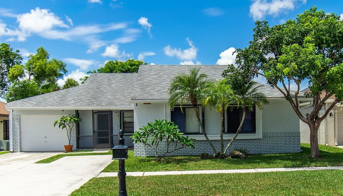 21585 Woodstream Terrace Boca Raton, FL 33428