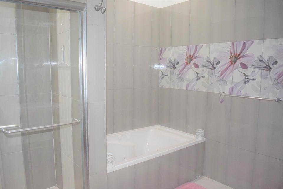 Villa For Sale 2 Bedrooms 2 Bathrooms Price 2400 Rx