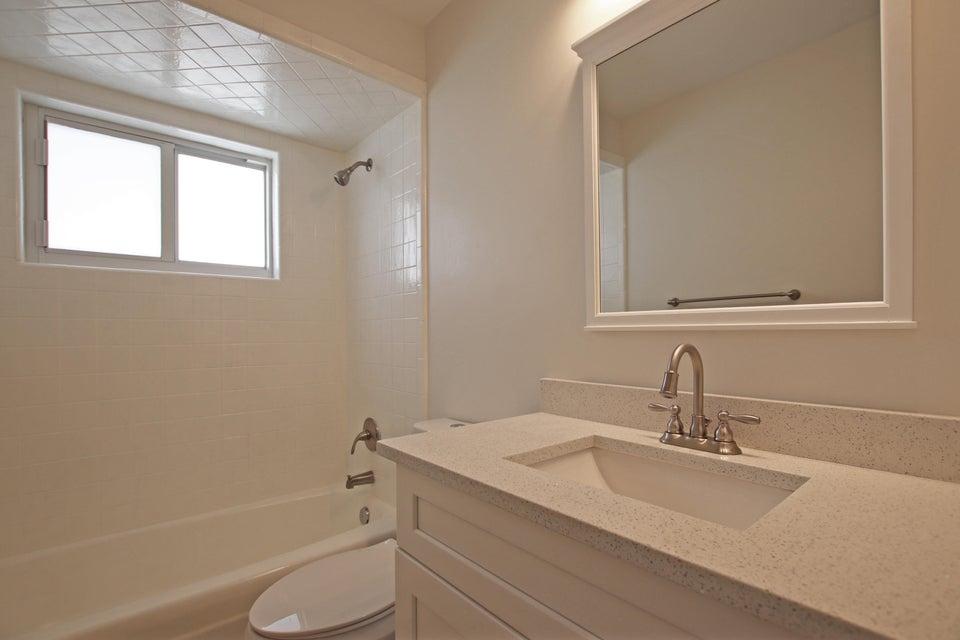 Bathroom 2 IMG_6212