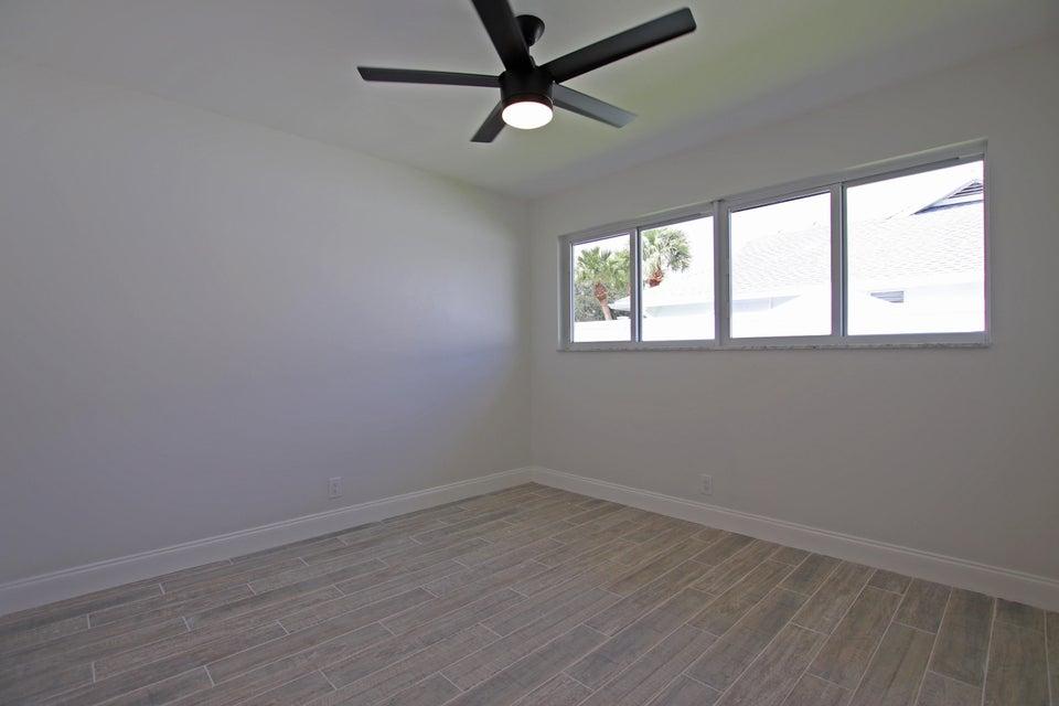 Bedroom 3 IMG_6209