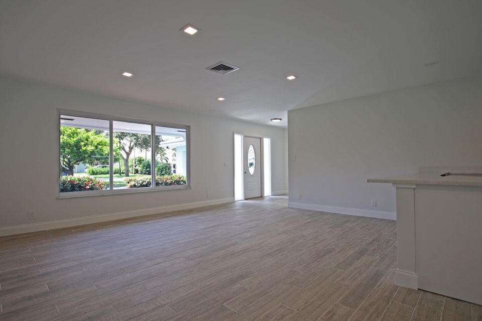 Living Room IMG_6165