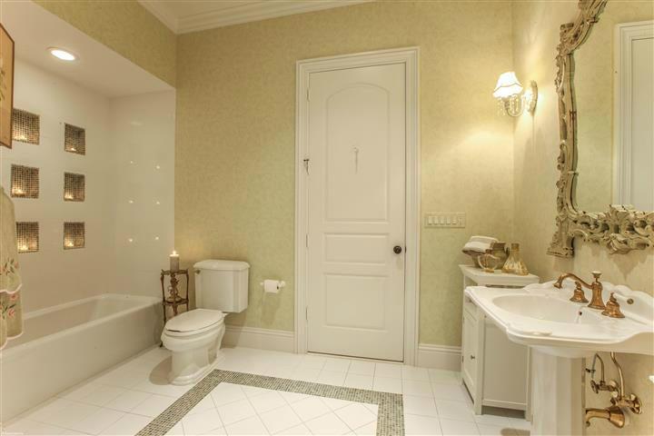 Green Bathroom off Green Bedroom Suite