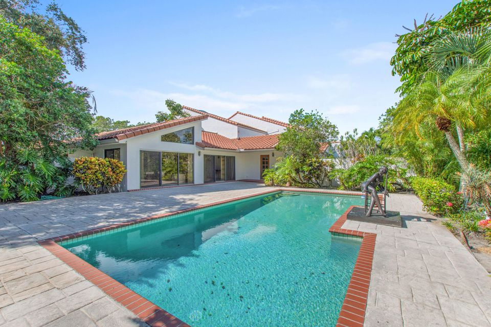 2363 Windsor Way, Wellington, Florida 33414, 3 Bedrooms Bedrooms, ,3 BathroomsBathrooms,Townhouse,For Sale,PALM BEACH POLO,Windsor,RX-10462905