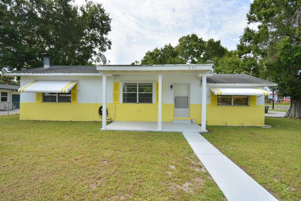 229 Osceola Avenue, Fort Pierce, Florida 34982, 2 Bedrooms Bedrooms, ,2 BathroomsBathrooms,Single Family,For Sale,Osceola,RX-10464123