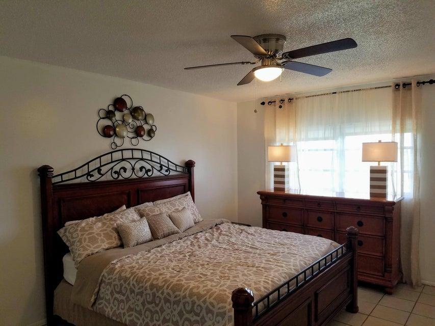 5300 Washington Street, Hollywood, Florida 33021, 2 Bedrooms Bedrooms, ,2 BathroomsBathrooms,Condo/Coop,For Sale,Washington,1,RX-10417446