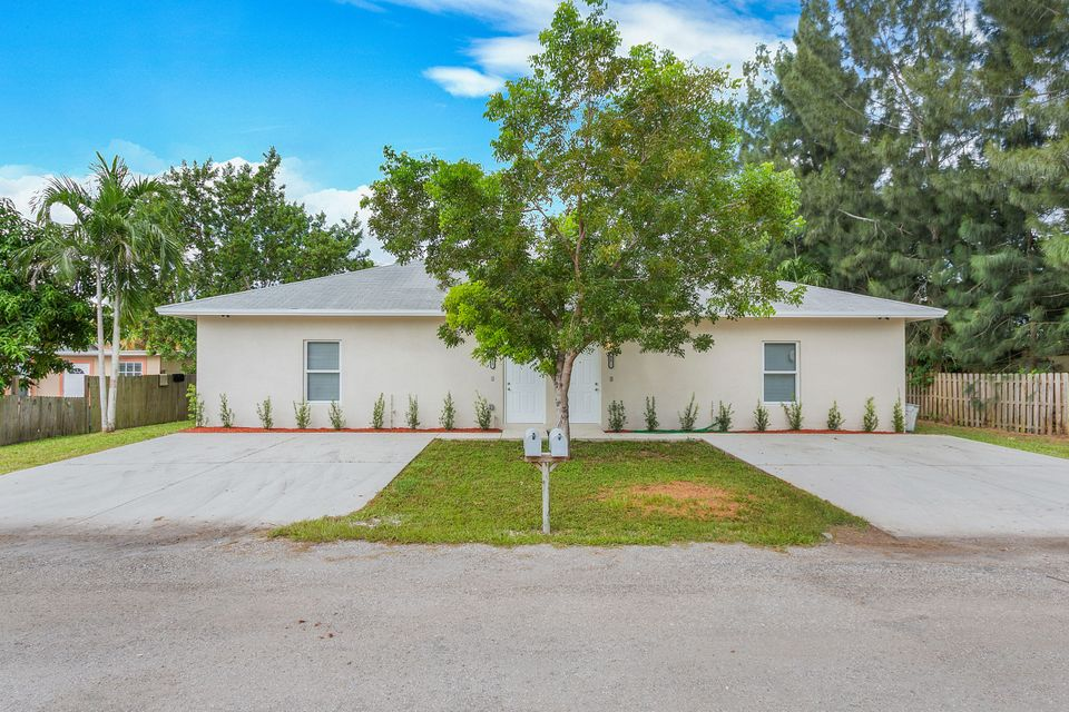 923 Weymouth Road- Lake Worth- Florida 33461, ,Duplex,For Sale,Weymouth,RX-10463921