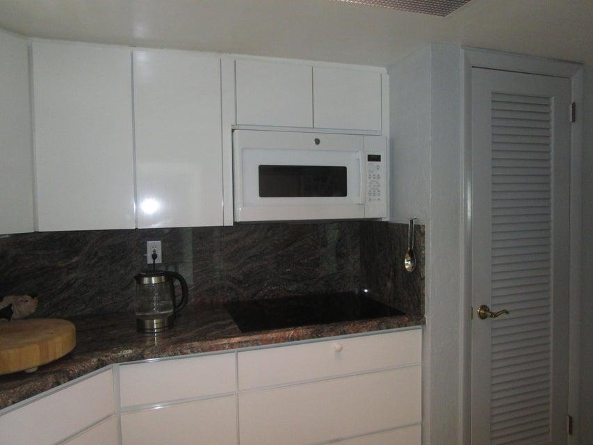 117 Lehane Terrace- North Palm Beach- Florida 33408, 2 Bedrooms Bedrooms, ,2 BathroomsBathrooms,Condo/Coop,For Sale,Lehane,2,RX-10463958